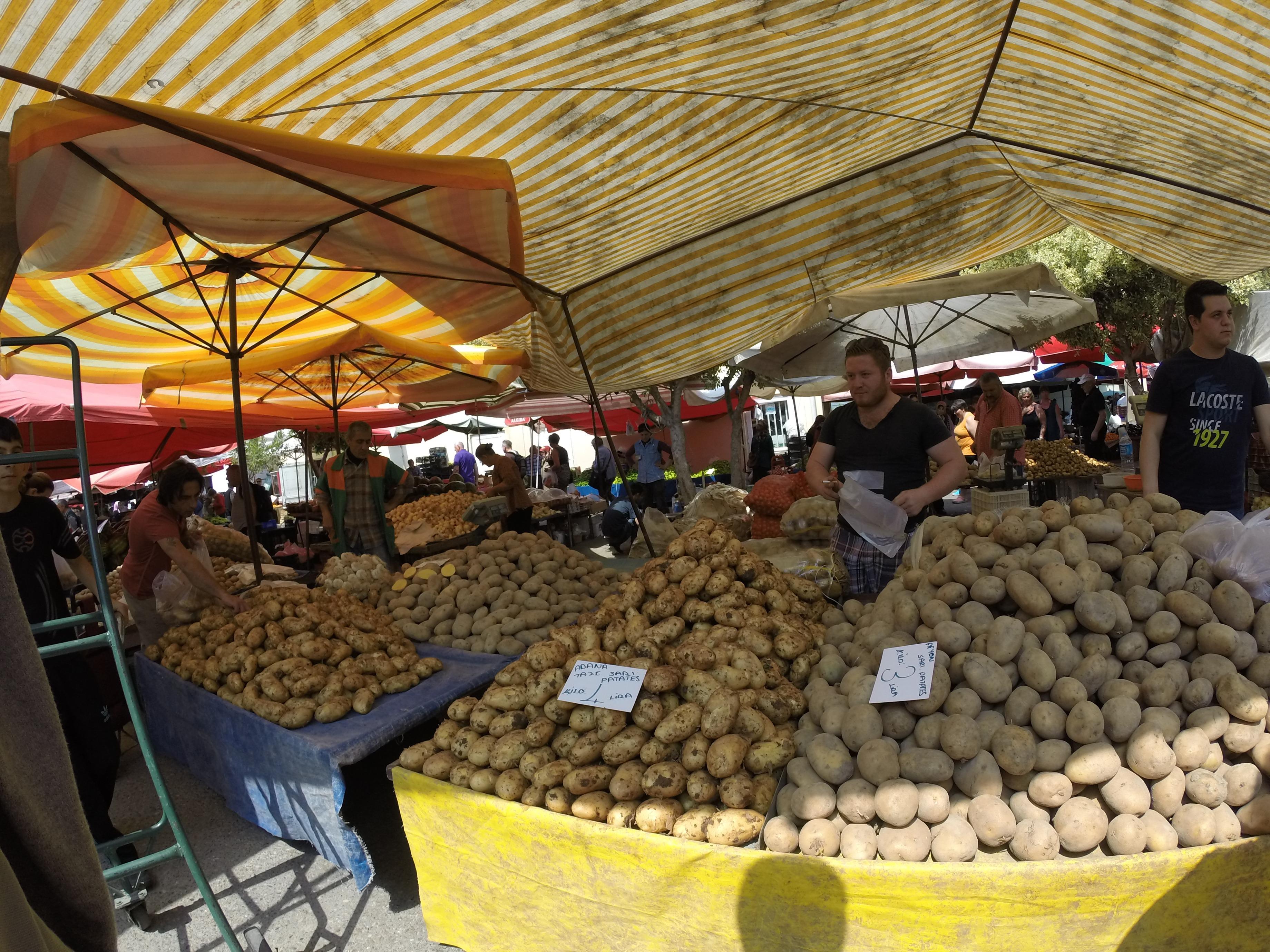 Рынок в Турции. Аланья. Апрель 2015 г.