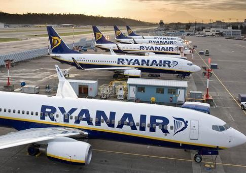 ryanair-aircraft-12720-720x340