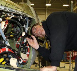 Работа в Израиле вакансия для проф. специалистов Электрик самолетных фюзеляжей