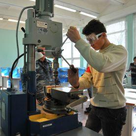Работа в Чехии вакансии для слесаря по металлу
