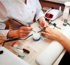 Работа в ОАЭ вакансии для мастера маникюра