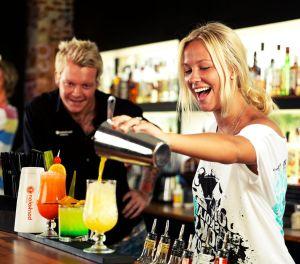 Работа в США вакансии для барменов