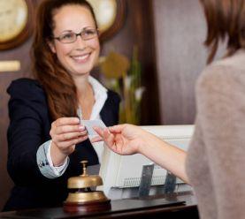 работа администратором отеля
